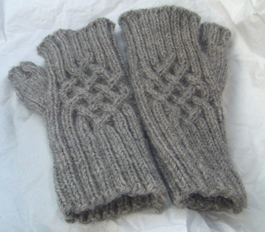 fingerless-gloves